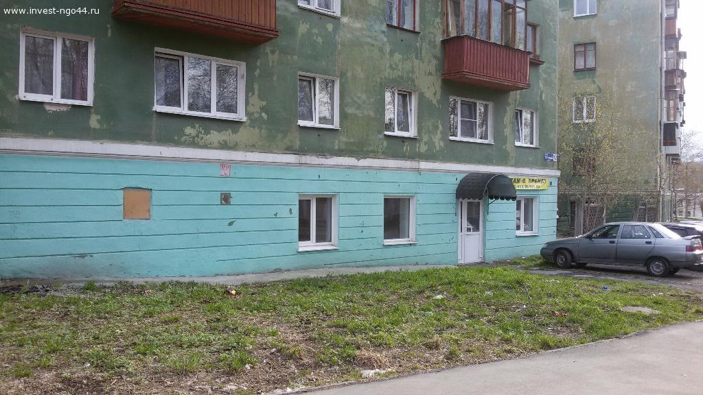Торговые площади, адрес: Новоуральск, Театральный проезд 12
